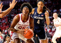 2018.12.19 OU vs UConn womens basketball